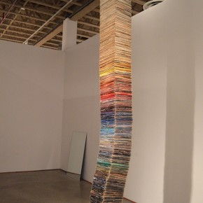 Eleanor King, Record Stack, approximately 1300 vinyl LPs, steel cable, hardware, 30 cm x 396 cm, 2009 - 2012. Photo: Eleanor King, Courtesy of Diaz Contemporary, Toronto.